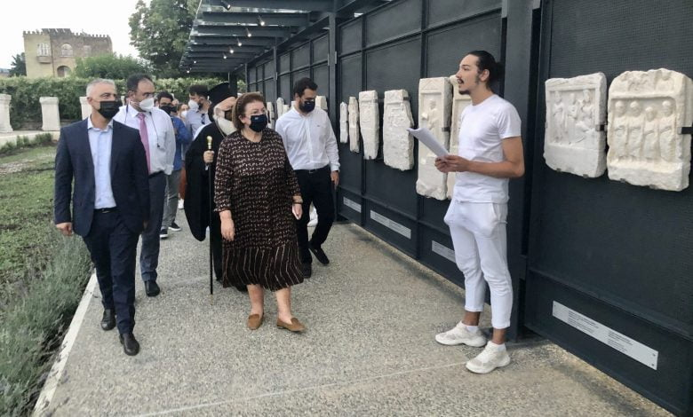 Photo of 'Wall of Memory' exhibit at Veria Archaeological Museum