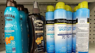 Photo of Pharmacies pull J&J sunscreens off shelves after carcinogen found in some sprays
